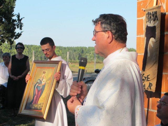 http://www.ofm.hr/borovo_naselje/zupna_stranica/foto_album/2011/Rujan_2011/rujan2011g7.jpg