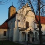 Bač – Samostan Uznesenja BDM